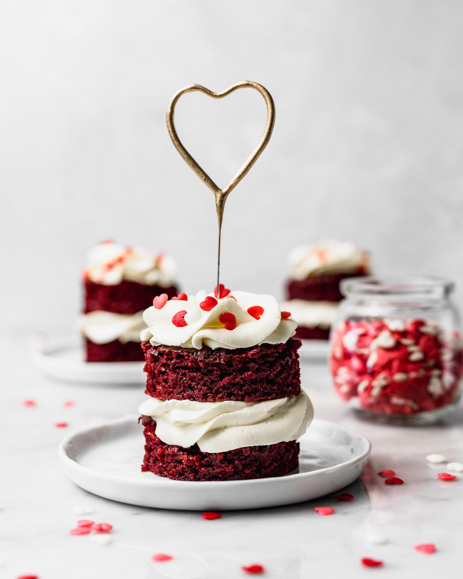 Mini Red Velvet Cakes Cravings Journal
